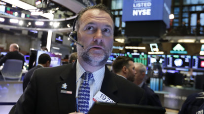Wall Street edges higher as trade enthusiasm wanes