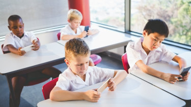 Principals and educators say they would not support a smartphone ban in NSW schools.