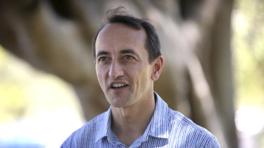 Liberal candidate Dave Sharma has tried to separate himself from Coalition conservatives on climate change.