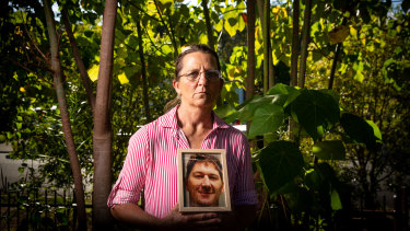 Jules Perrett lost a son, Jacob. She blames the back-pain drug Lyrica.