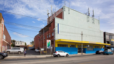Southern Indoor Bowls Club has sold its landmark Caulfield premises.