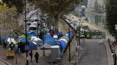 Migrants camps have sprung up throughout Paris.