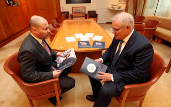 "Liberal ""core values"" over ""bang for buck"": Prime Minister Scott Morrison and Treasurer Josh Frydenberg before the budget announcement."