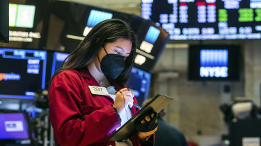 The S&P 500 wiped out this week's losses on Thursday in New York.