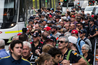 F1 fans flock to the 2017 grand prix in Melbourne. Bans on crowds have had a devastating effect on the events industry.