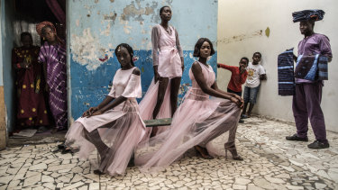 Finbarr O'Reilly's prize-winning Dakar Fashion features in the 2019 World Press Photo Exhibition.