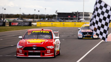 Foxtel negotiated to broadcast some Supercars events free-of-charge for its users.