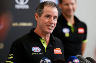 AFL umpires coach Hayden Kennedy is stepping down from the role.