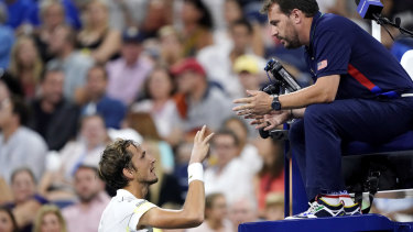 Adversarial: Medvedev argues with the chair umpire, Damien Dumusois.