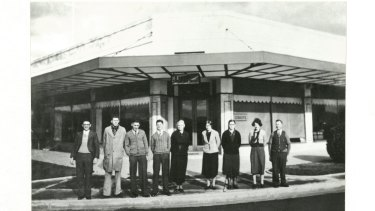 An early shot of the Cusacks furniture store in Manuka, now the site of The Public Bar.