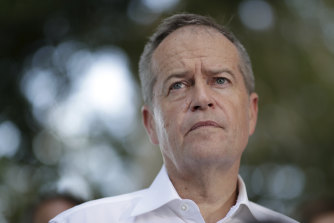 Bill Shorten says there needs to be a national ventilation plan for schools.