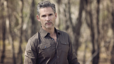 Eric Bana plays a detetive investigating a murder at a private girls school in the new audio drama The Orchard.