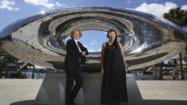 Liz Ann Macgregor with artist Lindy Lee and her sculpture Secret World of a Starlight Ember in October last year.