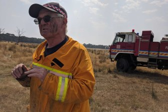 Keith Airs, Captain of the French Island rural Fire brigade.