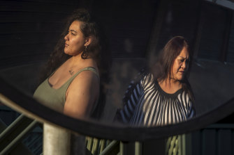 Reflecting on her cultural identity: Neda Taha (left) and her mother Susana Taufalele.