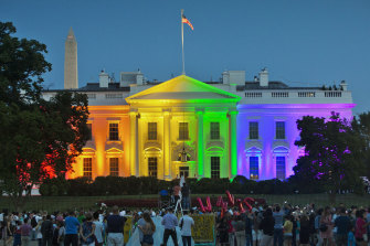 The Obama White House welcomes the Supreme Court's ruling legalising same-sex marriage in 2015.