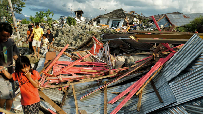 Thousands of people are feared dead in Central Sulawesi after the earthquake and tsunami.