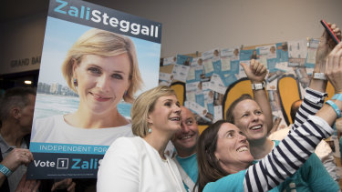 Zali Steggall's run against Tony Abbott in Warringah lifted the voter turnout across Sydney's northern beaches but it fell in less interesting electoral battles.
