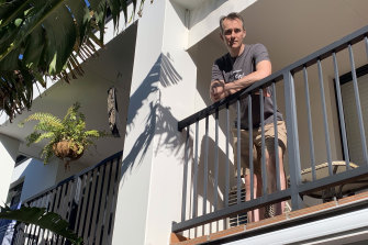 Sean Hardman has launched a petition asking for people affected by smoking neighbours in unit blocks and townhouses to be given more rights.