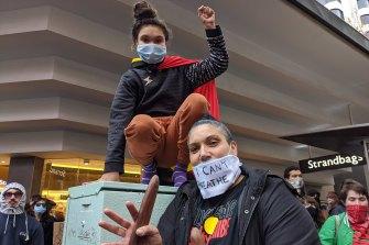 Wakka Wakka woman Naomi Murphy with her daughter Destiny.