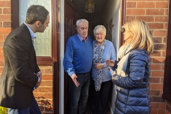 Conservatives Ed Barker and Esther McVey knock on the door of Derby South residents Brian and Barbara Beale.