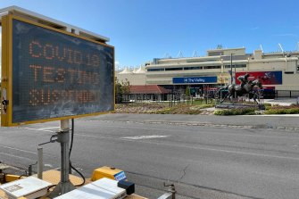 A testing site at Mooney Valley Racecourse closed after a traffic controller tested positive.