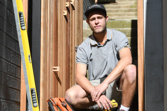 Jayden Fleischer is a fourth-year apprentice carpenter. The Australian Productivity Commission has recommended reducing barriers to apprenticeship and non-apprenticeship pathways.