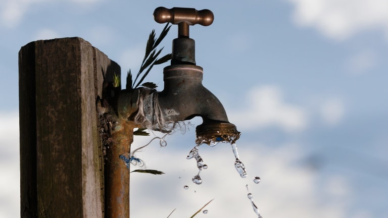 The NSW Ombudsman has released a report critical of the information on water compliance given to it by the Berejiklian government.