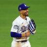 Kershaw, LA stars shine, Dodgers top Rays 8-3 in World Series opener