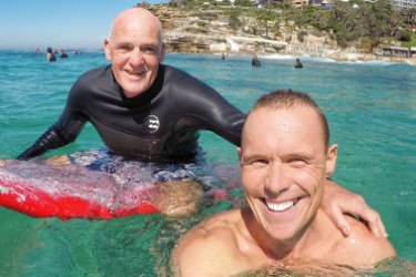 Reid came across Mr Pearson in the surf recently, and took this selfie.