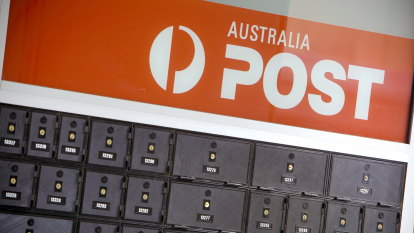 Country Road to kick off Australia Post push into recycled packaging