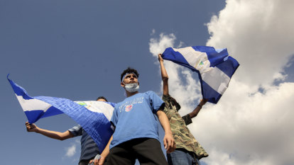 Nicaraguan government agrees to release prisoners to restart dialogue