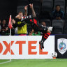 Drama to the last as Wanderers prevail in A-League thriller