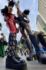Heidi and Kylie are captured at Mardis Gras 2020 in Sydney with an ultra-wide (0.5x) zoom setting.