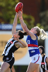 Sharni Layton, left, and Celine Moody, right, in action during the 2019  VFLW semi-final.
