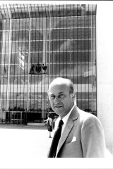 Clunies-Ross outside the high court in Canberra in 1983.