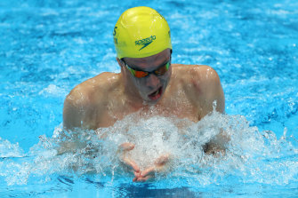 Zac Stubblety-Cook on his way to winning the 200m breaststroke gold medal.