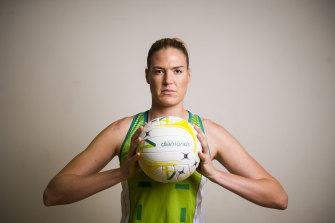 Former Diamonds captain Caitlin Bassett has injured the meniscus in her right knee.