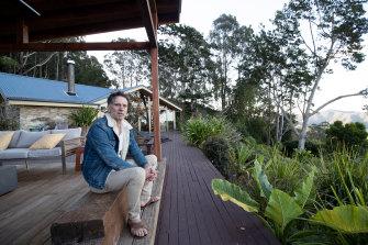 Rod Palmer drove 50 kilometres to Tweed Heads to get his vaccine.