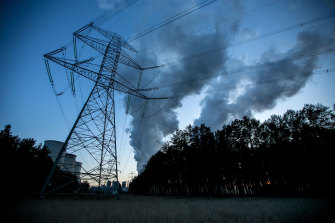 Federal Labor is confronting a new split over energy policy.