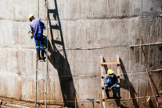 Workers in Mozambique during the construction of a hydro pumping station.