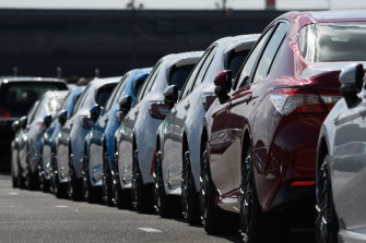 All major car brands have signed up to new industry standards that target annual reductions in carbon emissions for new cars sold.
