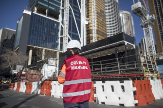 Construction workers from Sydney's worst hit local government areas will be allowed to return to work if vaccinated.
