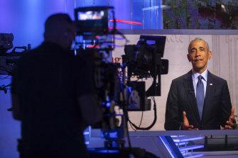 Former US president Barack Obama addresses the Democratic National Convention.