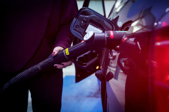 Hydrogen-powered cars will be just one of the potential customers for the Western Sydney Green Gas Project.