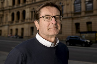 Greg Combet has officially resigned from the National COVID-19 Co-ordinating Commission.
