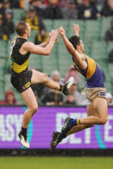 Jack Riewoldt was penalised for this action against Tom Barrass.