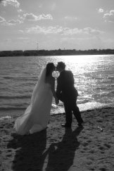 Love on the shores of Lake Burley Griffin.