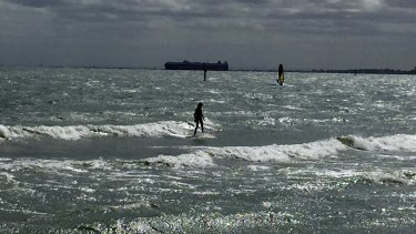 Swell in Port Phillip Bay.