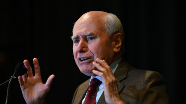 John Howard says there is no point changing the Liberal Party rules to prevent a spill.